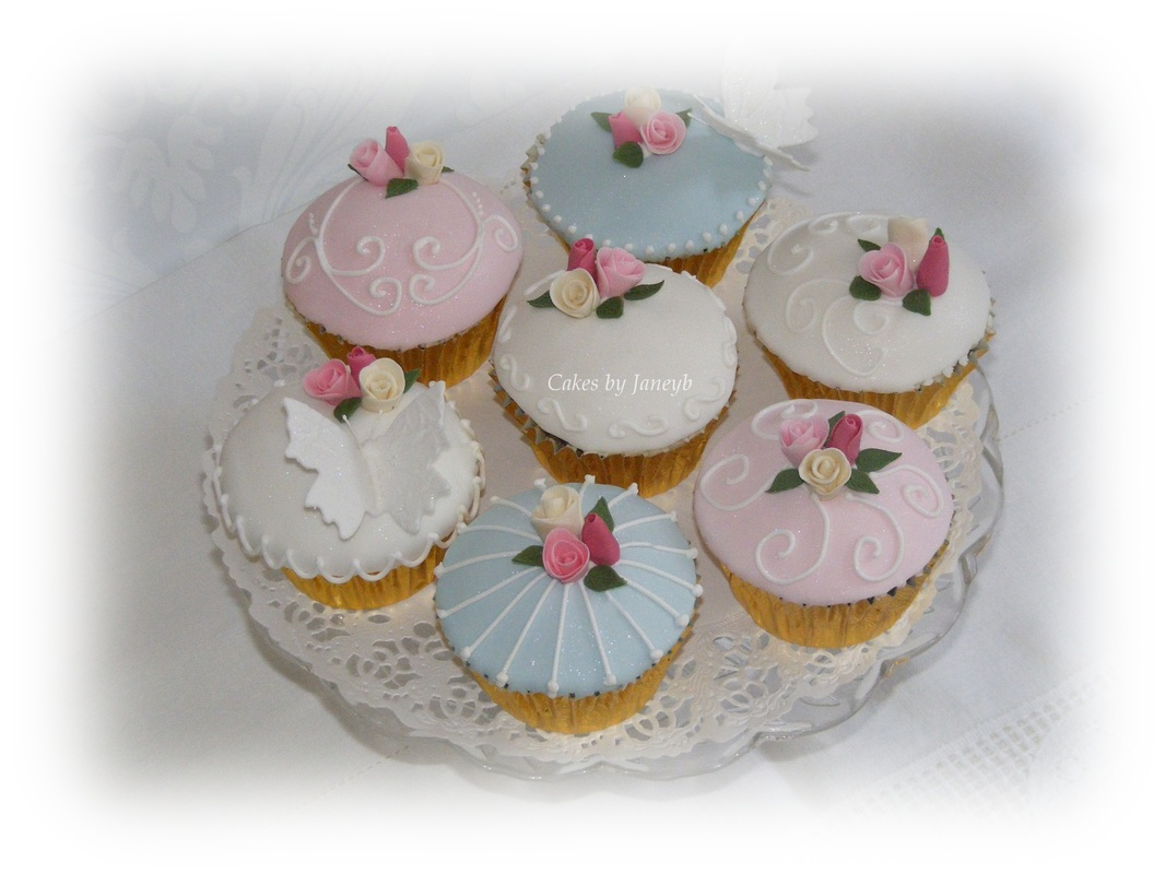 cup cakes from cakesbyjaneyb.com beccles suffolk